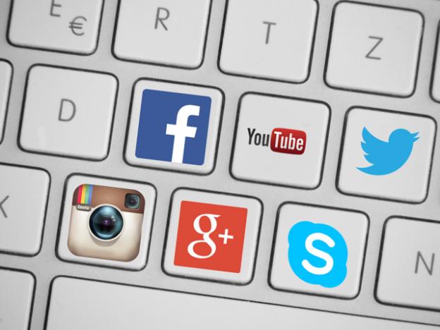 Save Time ~ Delegate Social Media